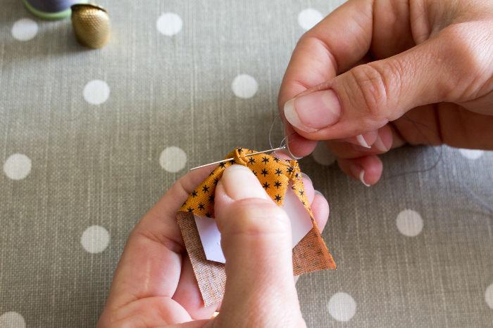Méthode anglaise patchwork pas à pas - Tutoriel parfumdecouture.com