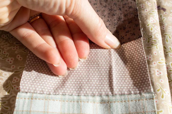 Eccraser les coutures- DIY trousse de couture parfumdecouture.com