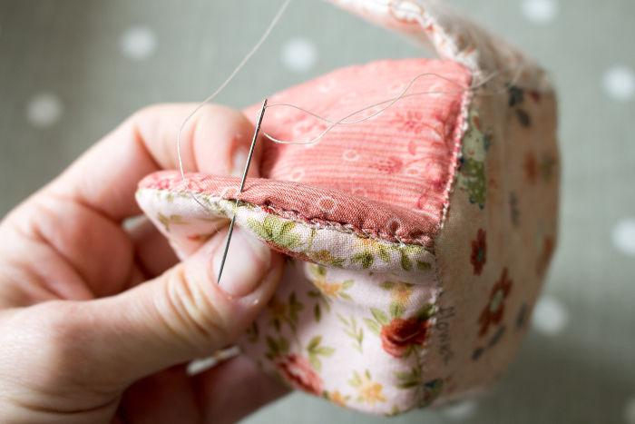 detail suite couture double de la corbeille en tissu - parfumdecouture.com