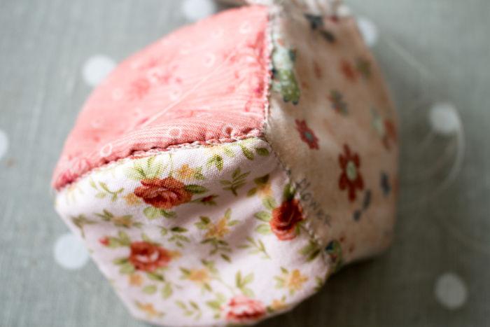 envers de la corbeille en tissu - parfumdecouture.com