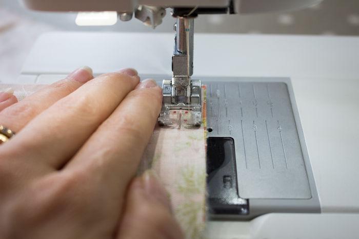 Couture machine - diy sac 22 carrés parfumdecouture.com