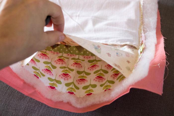 Gros plan de l'intérieur - Scrap quilt housse d'ipad parfumdecouture.com