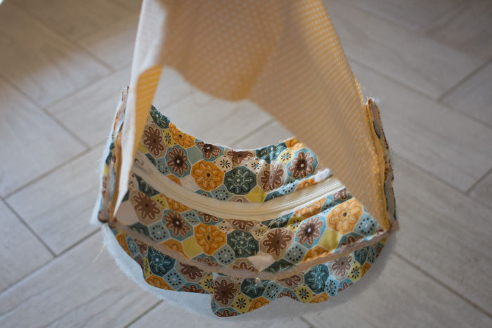Recoupez les coutures - diy trousse tricoteuse gaston le mouton parfumdecouture.com