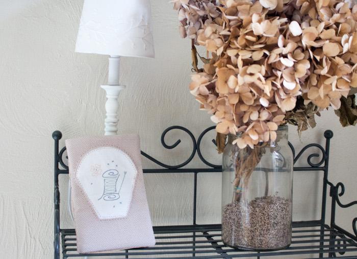 Trousse de couture fermée - DIY trousse de couture parfumdecouture.com