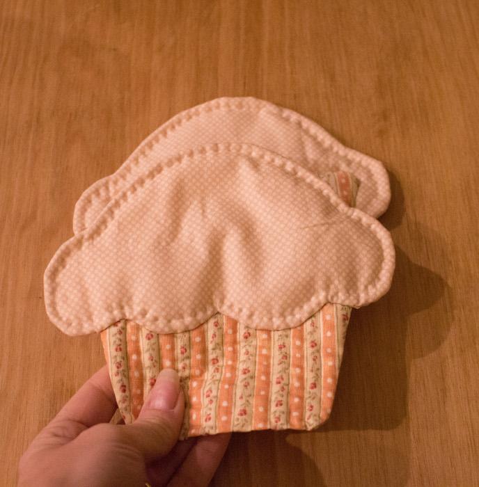 Montage final des côtés de la trousse cupcake - Trousse cupcake parfumdecouture.com
