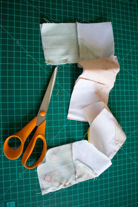 Chain piecing étape des sous unités - DIY comment faire un bloc Bow Tie parfumdecouture.com