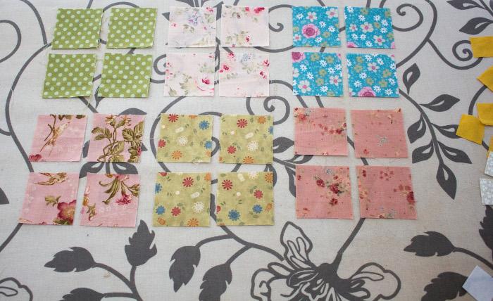 Morceaux des pétales mini quilt - DIY sac de rentrée parfumdecouture.com