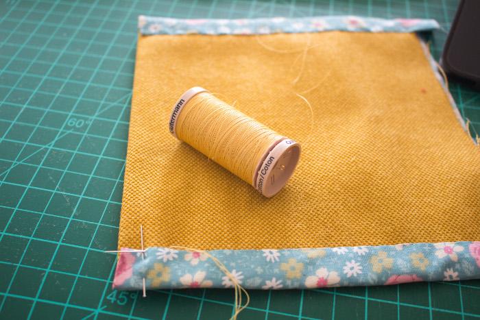 Couture invisible poche - DIY sac de rentrée parfumdecouture.com