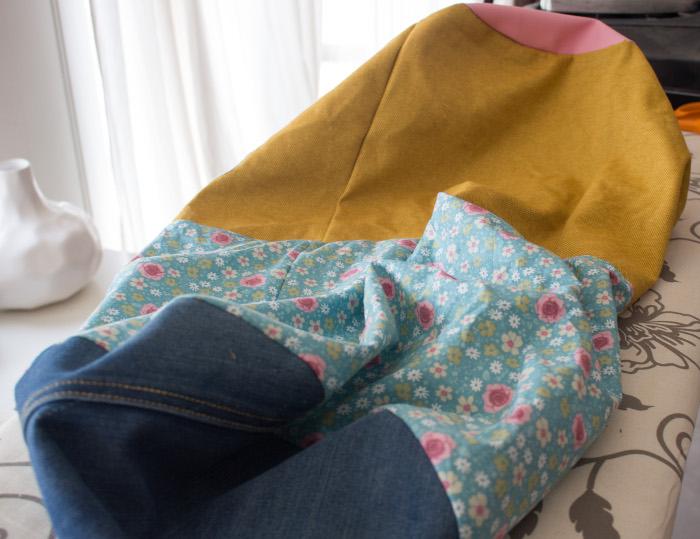 Retourner le sac doublé après couture - DIY sac de rentrée parfumdecouture.com