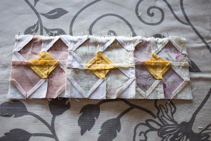 Couture par bandes du mini quilt - DIY sac de rentrée parfumdecouture.com