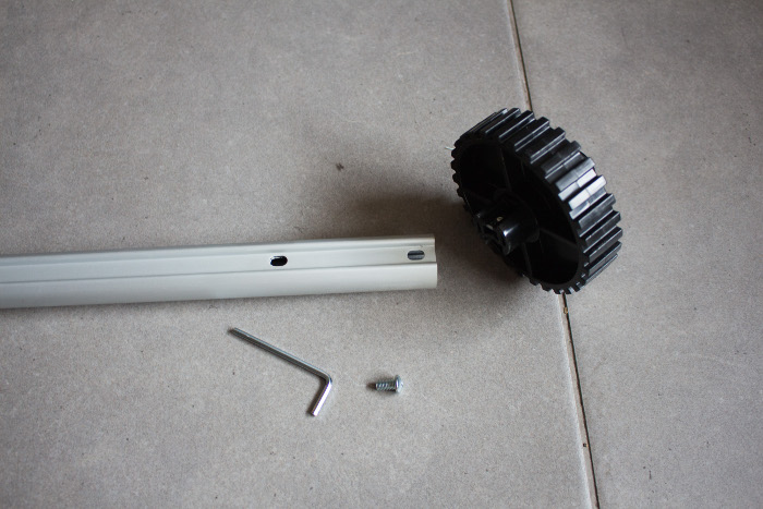 Montage de la partie roue dentée - Tuto monter un quilting frame EZ3 parfumdecouture.com
