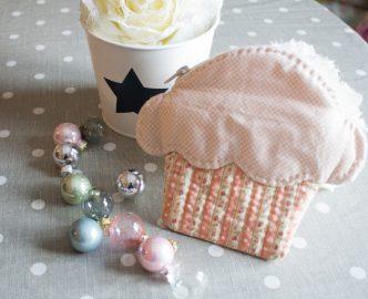diy, tutoriel pour coudre une trousse cupcake parfumdecouture.com